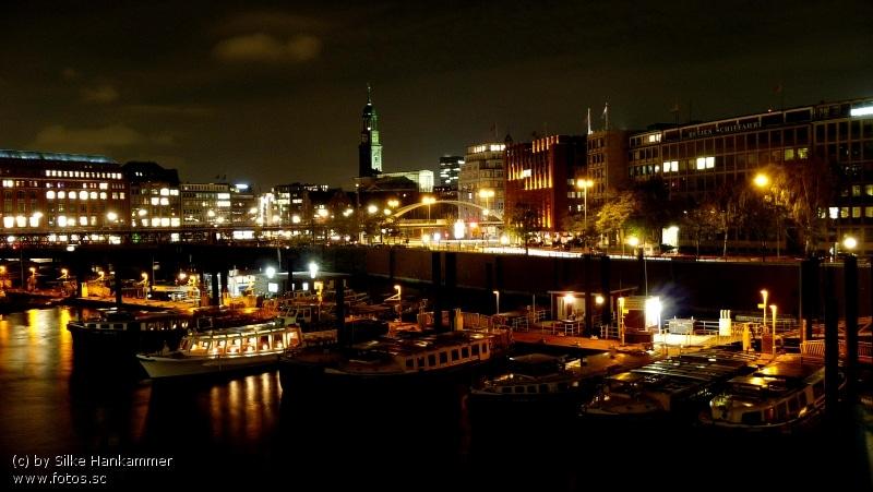 Hamburg__Hafen__Nacht